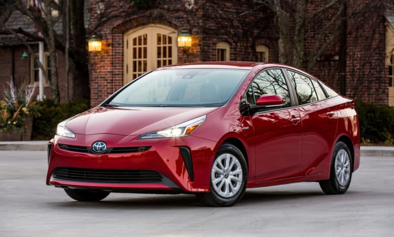 2020 Toyota Prius Pricing, Review, & Specs